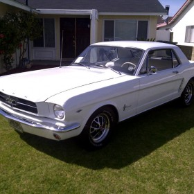 ford-mustang-65-weiss-01