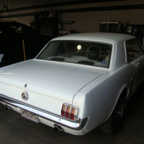 ford-mustang-65-weiss-15