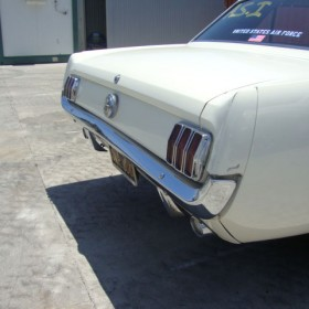 ford-mustang-weiss-13